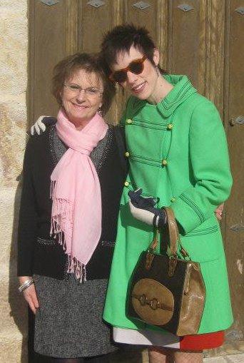 international women's day espanolita bilingual parenting motherhood mom