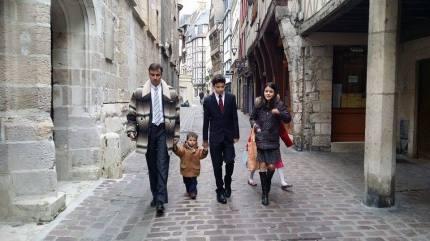 bilingual parenting bilingualism espanolita language plan language policy