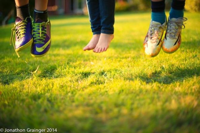 children_feet